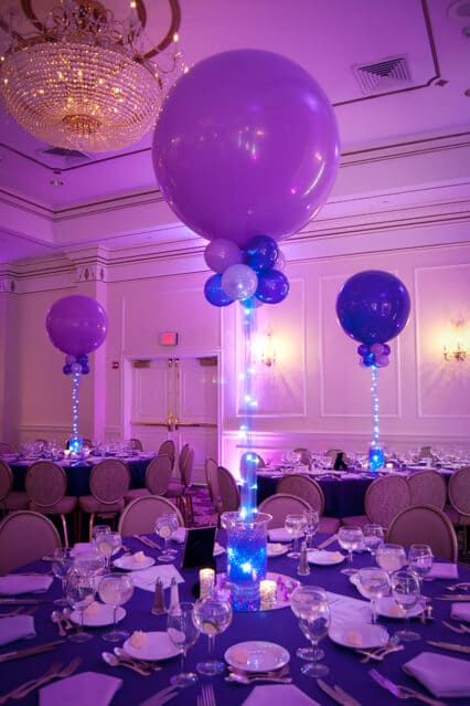 Vase centerpieces with balloons bing images