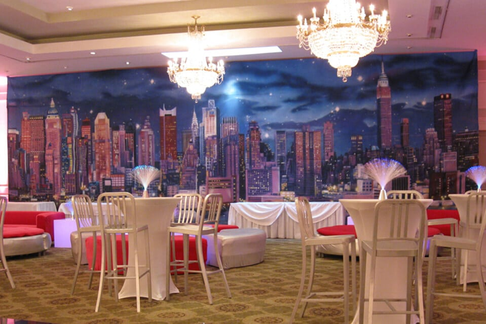 images tagged quot nyc skyline quot balloon artistry nyc skyscrapers wall mural muralswallpaper co uk