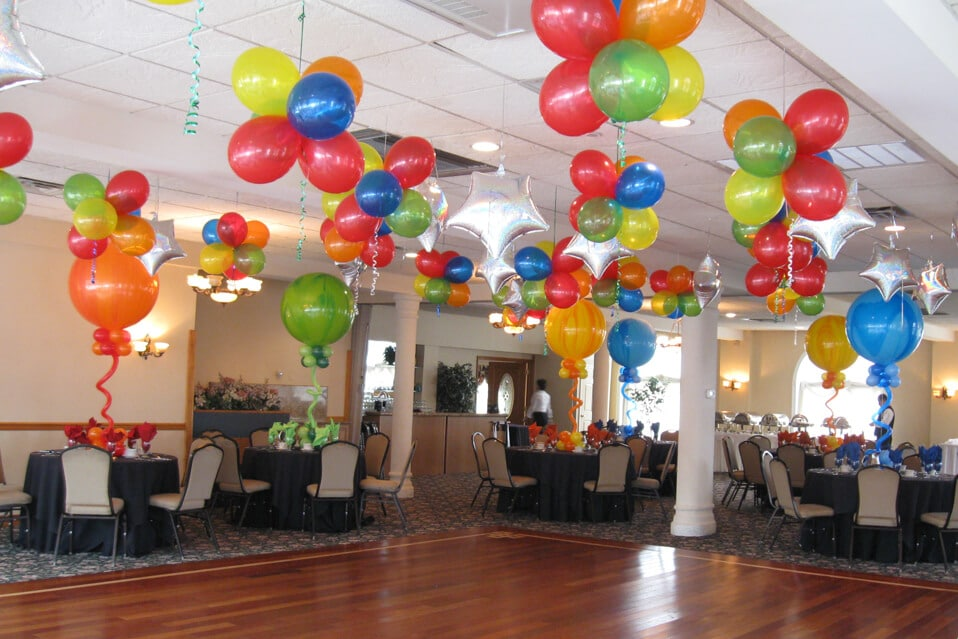 Images tagged casa mia manor house balloon artistry for Balloon cluster decoration