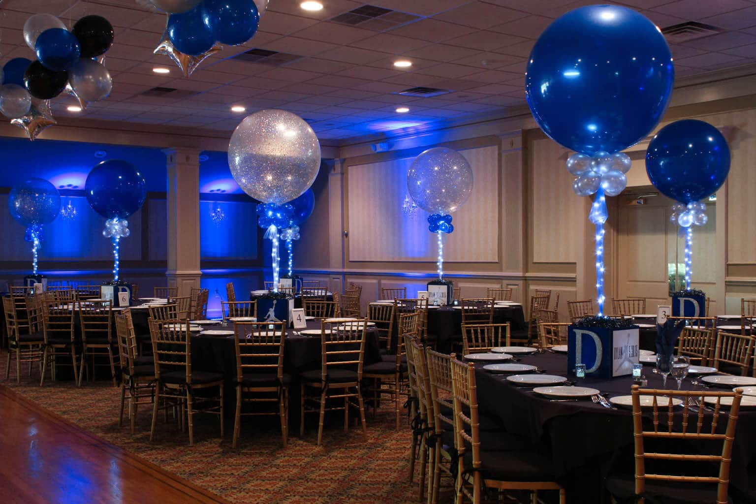 Photo cube centerpieces balloon artistry for Photo salon