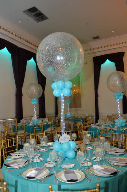 Balloon decorators sculptures centerpieces